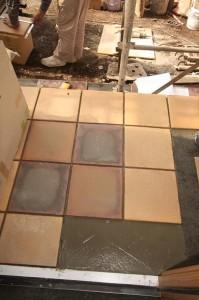 玄関の床のタイル