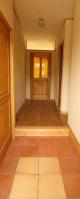 やわらかみのあるタイルが、玄関をやさしくしてくれます。