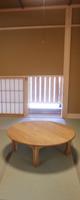 仏間 仏壇の開き戸は、代々使っていたものを取付けてあります。